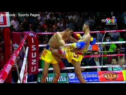 Muay Thai, เหนือธรณี เดอะเบสท์อุดร Vs เพชรศิลา ศิษย์พนัญเชิง 3 ตุลาคม 2558