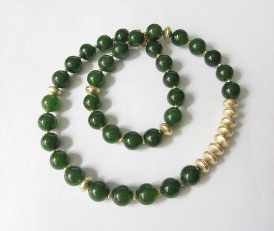 Jade - Jade-Kette Collier grün-gold - ein Designerstück von soschoen bei DaWanda