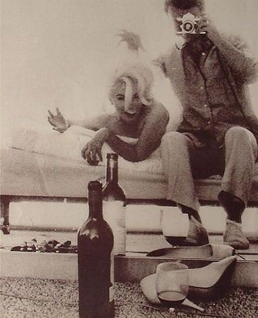 5 Things You Need To Know Before Drinking That Glass Of Wine Marilyn Monroe Marilyn Vintage Pinup