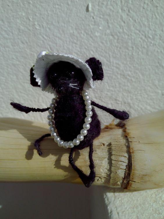 Maus-Puppe mit Perlen by olga, $10.00 USD