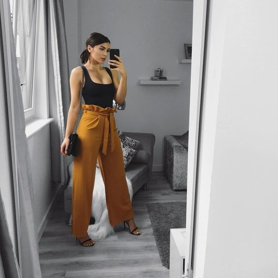 "6,173 Likes, 56 Comments - JESS RANGER  (@jessranger) on Instagram: ""Paper bag trousers from @rebelliousfashion. (Direct link in insta story code JESSRANGER15 for…"""