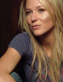 Jewel feb or jet - Kristen Ashley