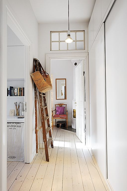 *Rustic & white hallway