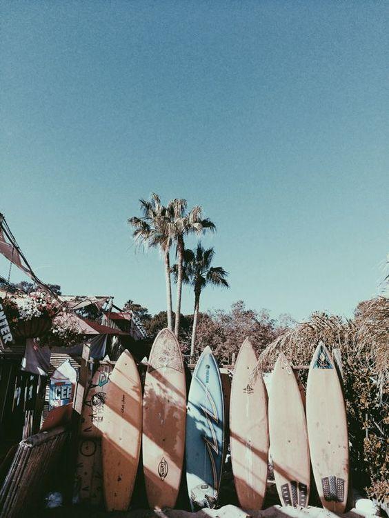Surfs, California