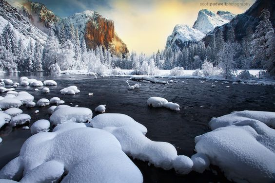 Winter at Valley View, Yosemite - A beautiful morning at Valley View at Yosemite National Park after a winter's snow.