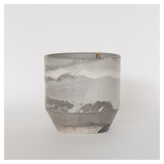 Ariane Prin - Vase from Rust series
