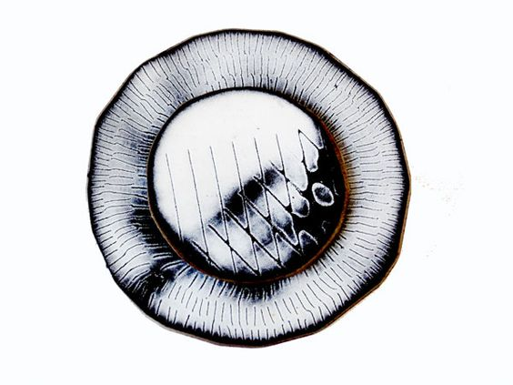 Amanda Denison, Winchester School of Art - Double enamelled steel brooch -  .: