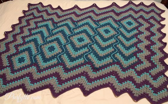Drops in Frog Pond #crochet afghan