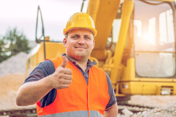 The construction industry trends for 2016 are looking like they will benefit workers.