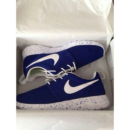 kxmavz Love these navy blue speckeled Nike Roshes! | Shoes are a girls