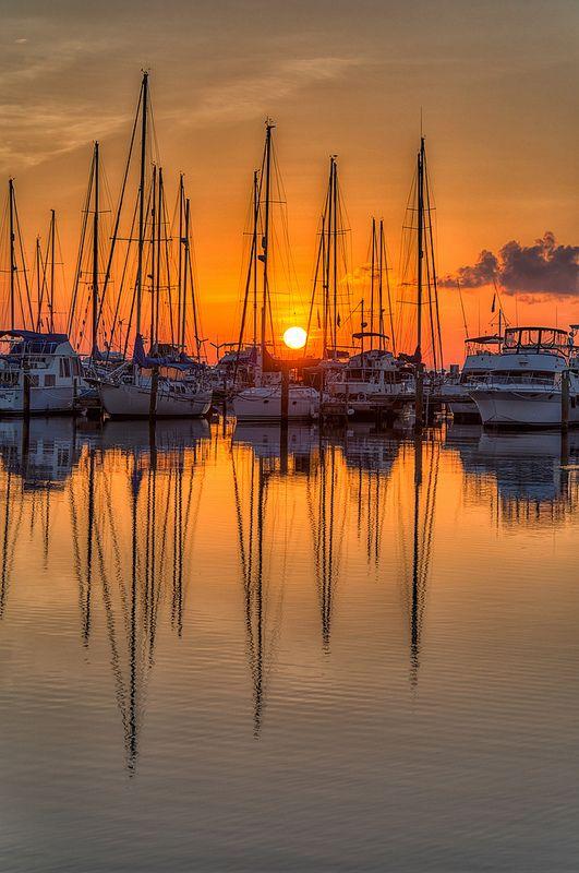 Veleros salida del sol en San Petersburgo, Florida
