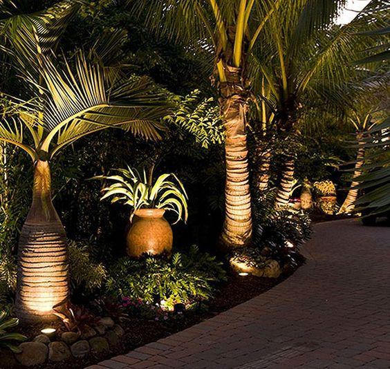 iluminacao exterior jardim