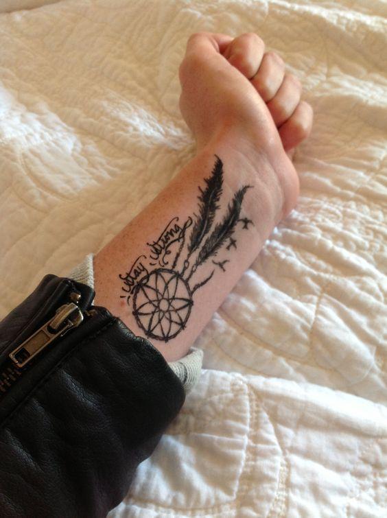 stay strong tattoo cute simple dream catcher birds tattoo wrist tattoo tattoo pinterest. Black Bedroom Furniture Sets. Home Design Ideas
