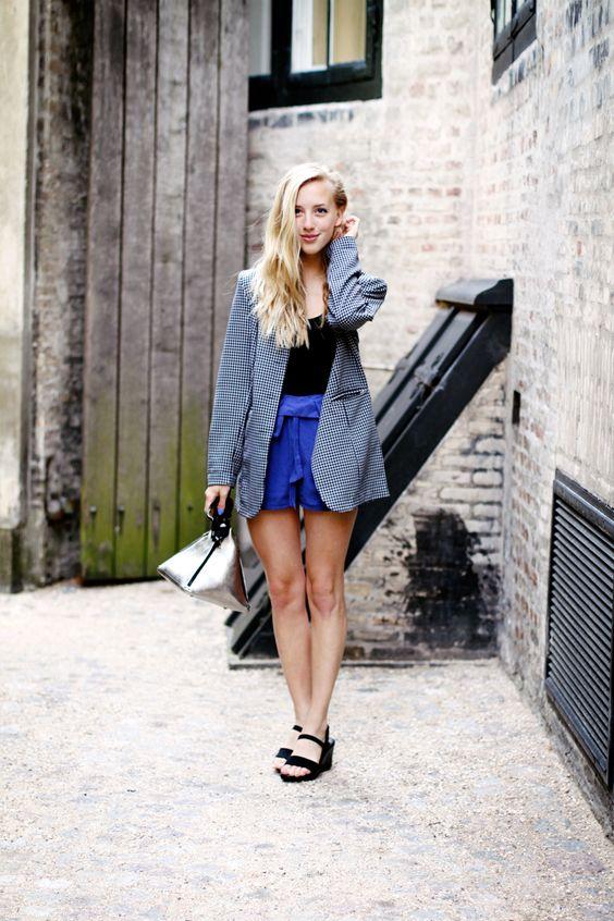 Framboise Fashion: GRAFIC AND BLUE
