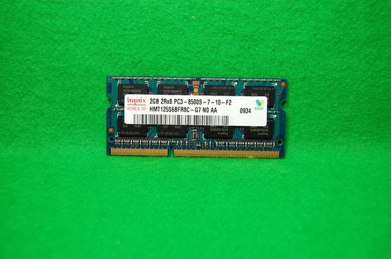 2GB Notebook RAM Hynix HMT125S6BFR8C-G7, 204p PC3-8500 CL7, DDR3 1066MHz, 1,5V