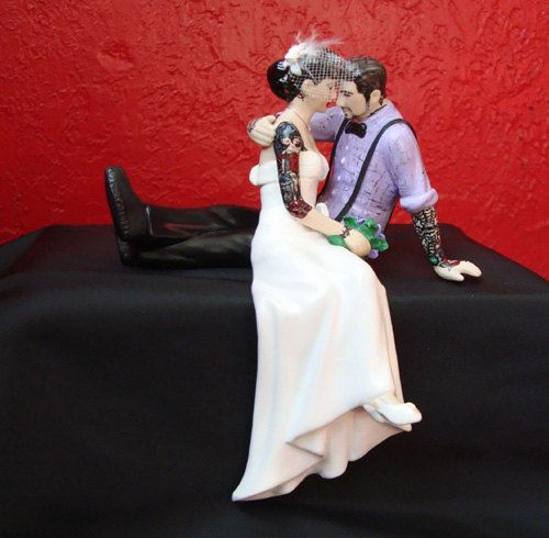 tattooed bride wedding cake toppers tattooed wedding cake topper and groom tattoos 20756