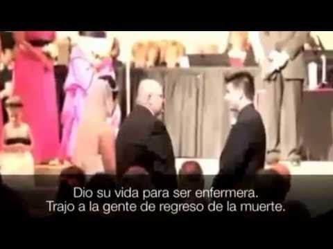 Así se entrega una hija en el día de su boda - YouTube