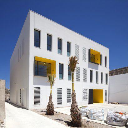 Porreres Medical Center // MACA // Porreres, Spain