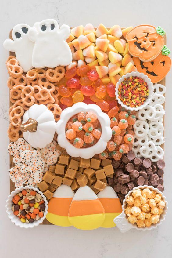 Festive Halloween Charcuterie Board | Recipes & Holiday| Jennifer Maune