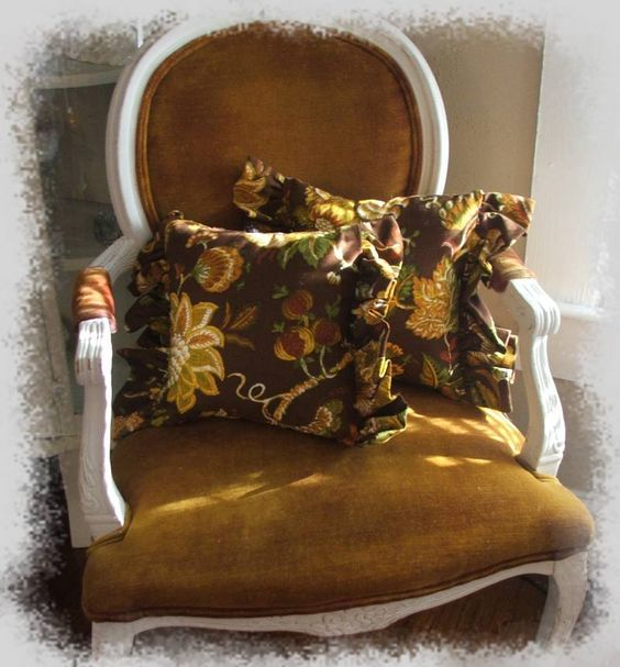 love the chair and the pillows
