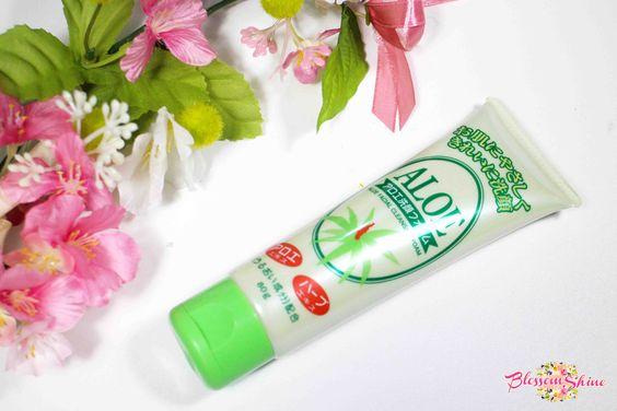 Aloe Face Foam Daiso Japan