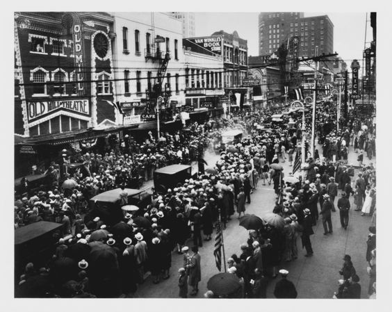 When Charles Lindbergh came to Dallas, he was honored with a parade. In 1927, Dallas City Council voted to rename a stretch of Skillman Street to Lindbergh Drive. Back then, Lindbergh Drive was an unpaved road from Swiss Avenue to Mockingbird Lane.