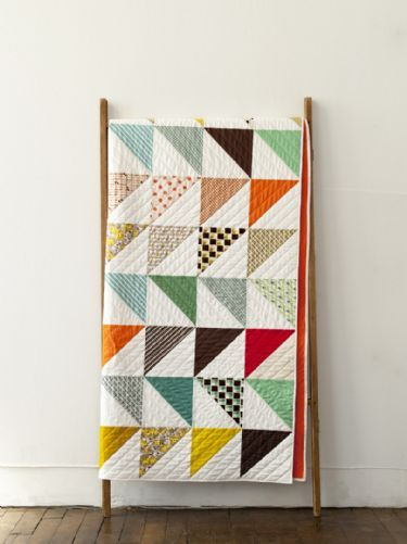 Denyse Schmidt pattern - In This Corner quilt. clean HST layout                                                                                                                                                                                 More: