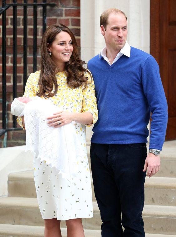 Pin for Later: Prinz William und Kate Middleton stellen die neue Prinzessin der Welt vor