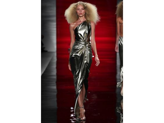 Reem Acra SS 2014 flowing gold lame knot twist photo courtesy of Style.com