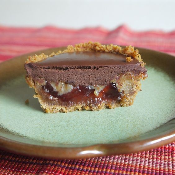 Being the Secret Ingredient: Individual Peanut Butter and Jelly Pies