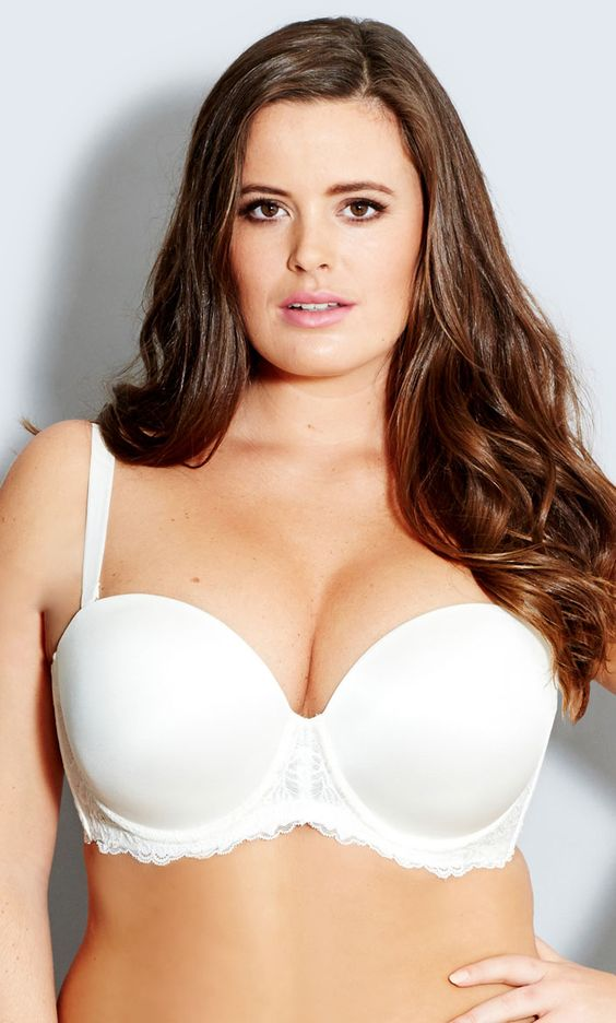 Our Smooth & Chic Multiway Contour Bra epitomises style and sophistication. Features include a strapless cup with moulded contour lining and underwire that gives shape and support, stretch lace along the front and back frame, fully adjustable shoulder straps that can be worn as regular, cross back, halter neck or strapless. The back wing is lined with powernet mesh and silicon to ensures bra stays in place and includes a padded hook and eye fastening for comfort and support.