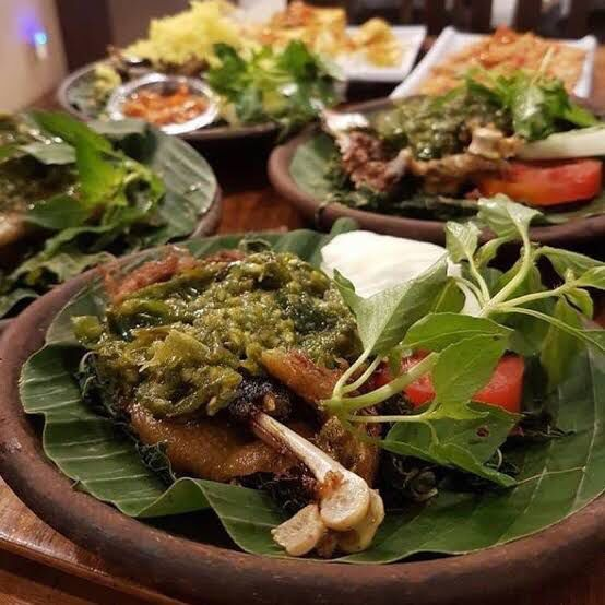 Rekomendasi Wisata Kuliner Makanan Khas Bandung Jawa Barat