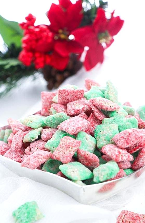 This Easy Christmas Puppy Chow Is A Yummy Holiday Puppy Chow