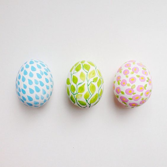 painted eggs:
