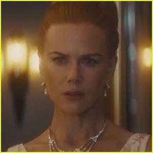 Nicole Kidman Channels Grace Kelly