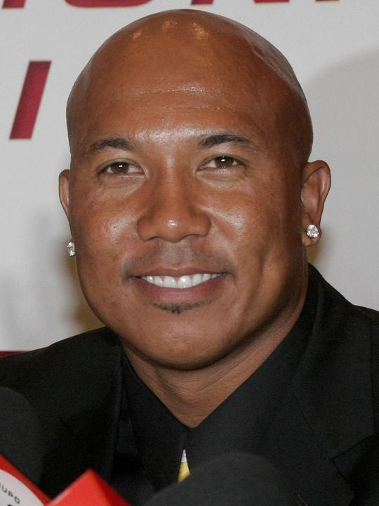 "hines ward experiences with racism Coming out of the university of georgia, hines ward was a ""slash"" player, who played wide receiver, running back, and quarterback at various times but after the pittsburgh steelers selected him with a third-round pick in the 1998 nfl draft, ward went on to be one of the most consistent wide."