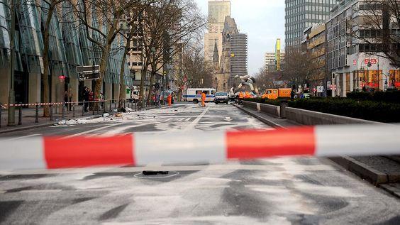 Illegales Autorennen in Berlin: Mordprozess gegen mutmaßliche Raser