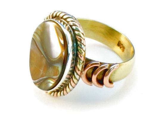 Design 110250 abalone .925 Sterling Silver Ring Size 6