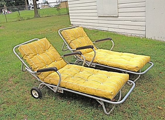 2 vintage 1950s machine age modern aluminun chaise lounge for 1950 chaise lounge