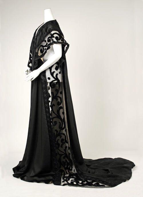 JP Worth Negligée, 1908.  With transparent sides.: House Of Worth, Vintage Fashion, Negligée Paris, Metropolitan Museum, Black Negligée, Worth French, 1900 S
