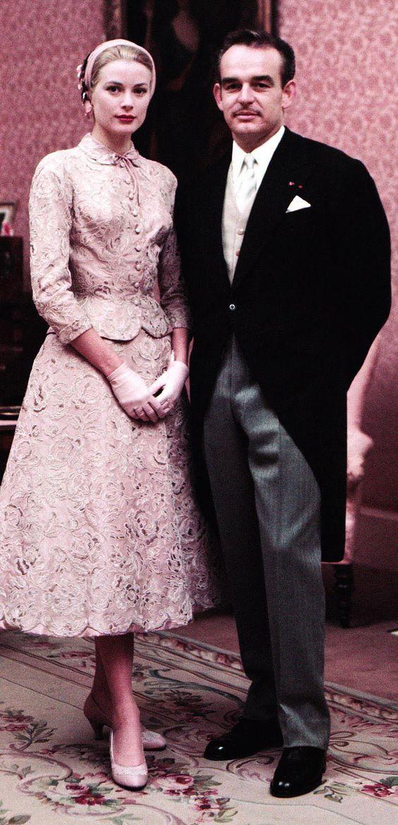 Grace Kelly e il principe Ranieri  cerimonia civile - 18 Aprile 1956