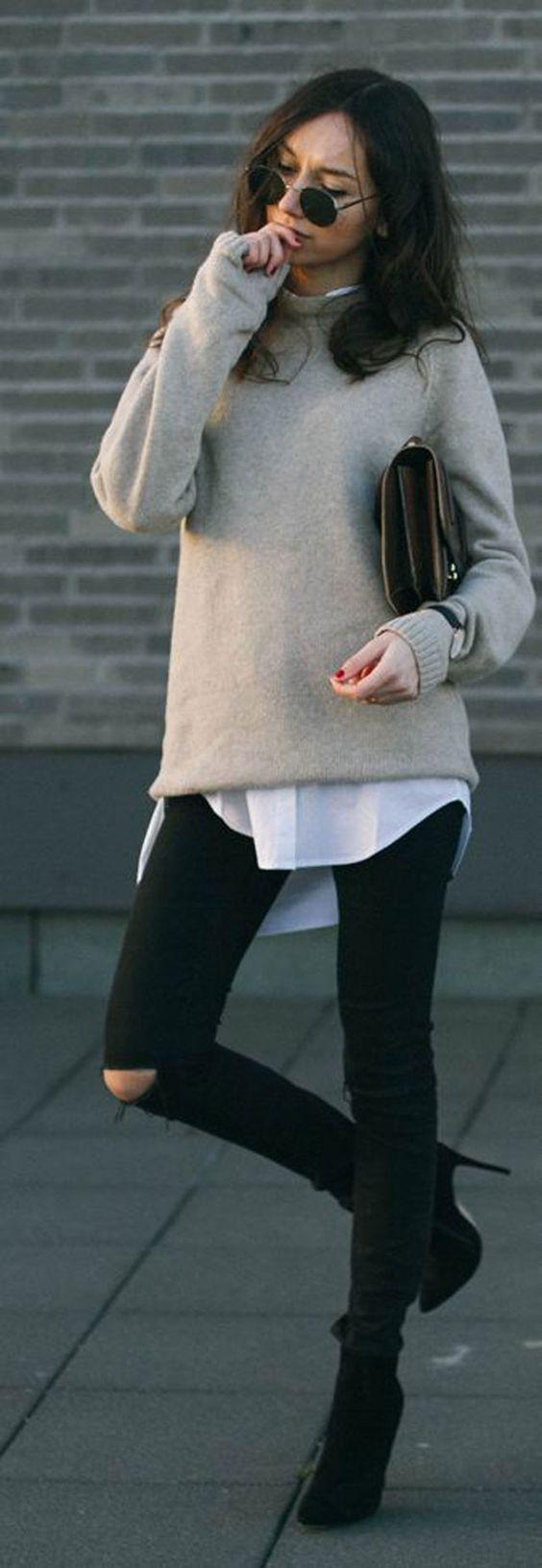 Jean noir + pull beige + chemise:
