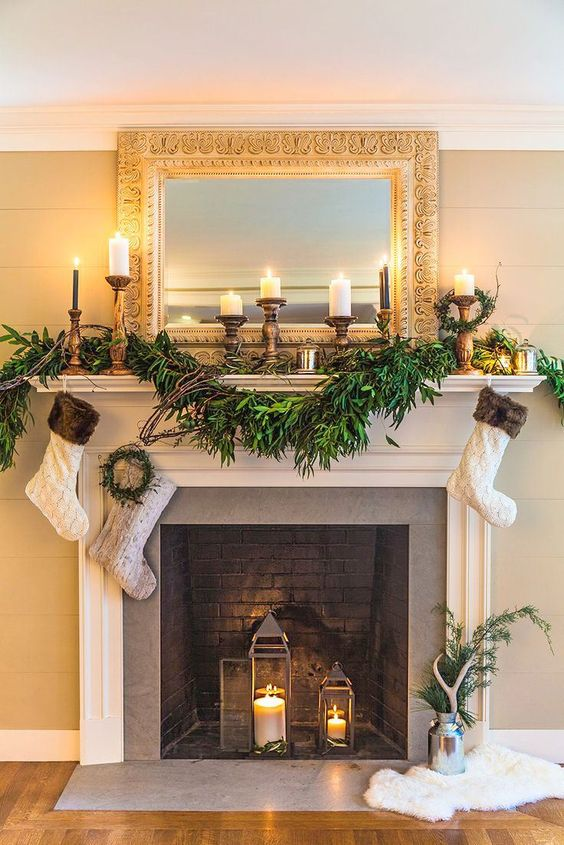 Christmas fireplace mantel ornaments decorations red for Fireplace mantels christmas decor ideas