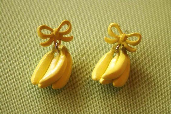Bunch of Bananas earrings by lepetitebonbon on Etsy