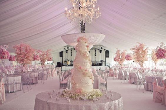 ► La recepción de una boda rosa. #boda #rosa:
