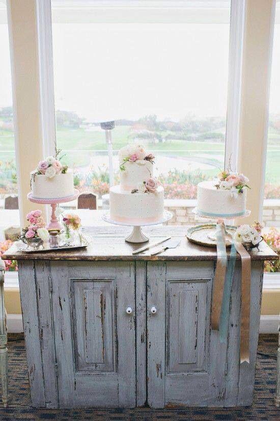 Três bolos em vez de um!