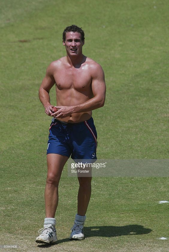 England bowler Simon Jones warms up before the first one day international between India A and England A at the Chinnaswamy Stadium on February 9, 2004 in Bangalore, India.