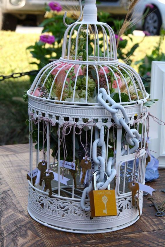 Birdcage love lock bouquet toss alternative