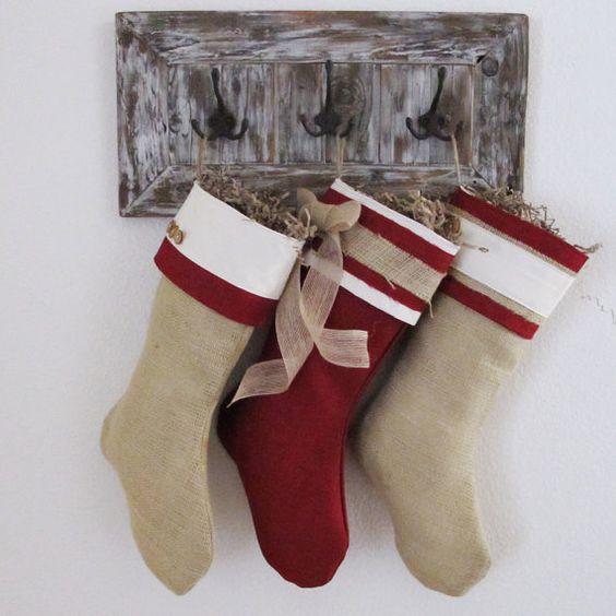 Media de la Navidad de arpillera por TurnbowDesigns en Etsy