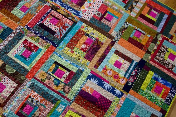 Bee Beautiful patchwork quilt: Quilt Inspiration, Beautiful Quilts, Improvisational Quilts, Quilt Block, Gorgeous Quilts, Log Cabin Quilts, Magnificiant Quilts, Patchwork Quilt, Modern Quilts